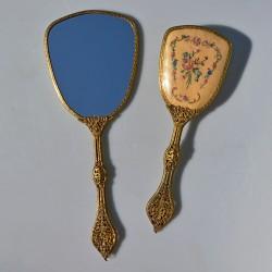 predané Sada s výšivkou - kefa + zrkadlo + kefa na šaty + šperkovnička,  zrkadlo 32,5x11,5 cm, na látke aj tmavšie miesta