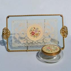 predane Sada na česanie 4 ks Podnos + zrkadlo + kefa na vlasy + hrebeň, Regent of London, podnos 35x26 cm, zrkadlo 32x13 cm.