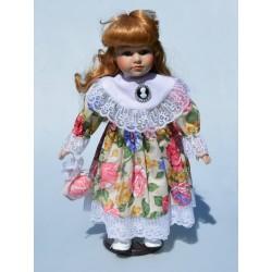 41 cm Porcelánová bábika v jesennom kabátiku + stojan na státie