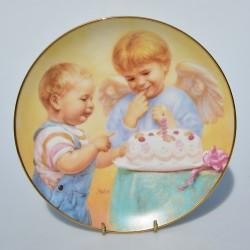 Porcelánový tanier Sleepy Sentinel, Artaffects, 23 karát zlato, 20,8 cm + certifikát,orig. obal