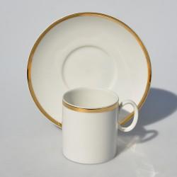 Porcelánový dvojset Golden Glory 200 ml. Miestami je mierne ošúchaná zlatá obruba