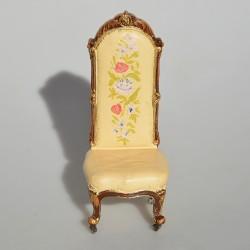 ? cena, vek 1:12 Vintage resinové kreslo do domčeka pre bábiky 7x6x5,5 cm, 2 lepené nohy