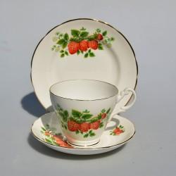 Starý porcelánový trojset Jahody, Royal Ascot 200 ml