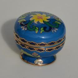 ? vrchnak kde je Zberateľská porcelánová šperkovnička E.P.32, Del Prado 6,5x5x2 cm