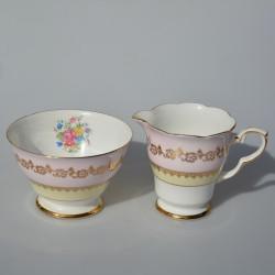 ? kde je mliekovka Porcelánová cukornička a mliekovka Ruže, Colclough 260 ml
